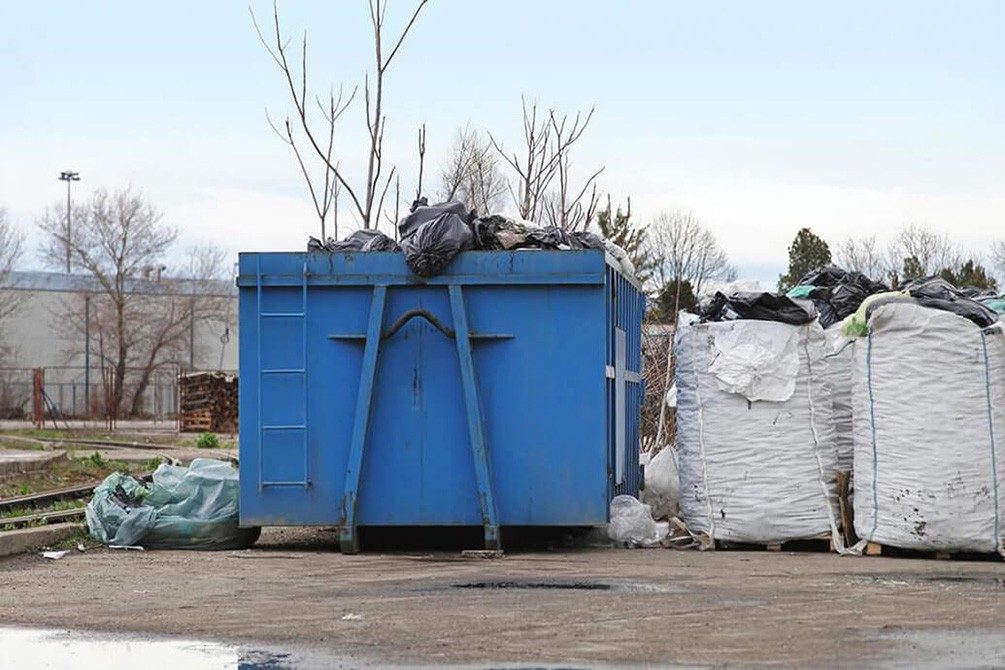 Contact Us-Lexington Dumpster Rental & Junk Removal Services-We Offer Residential and Commercial Dumpster Removal Services, Portable Toilet Services, Dumpster Rentals, Bulk Trash, Demolition Removal, Junk Hauling, Rubbish Removal, Waste Containers, Debris Removal, 20 & 30 Yard Container Rentals, and much more!
