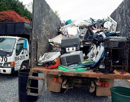 Junk Hauling-Lexington Dumpster Rental & Junk Removal Services-We Offer Residential and Commercial Dumpster Removal Services, Portable Toilet Services, Dumpster Rentals, Bulk Trash, Demolition Removal, Junk Hauling, Rubbish Removal, Waste Containers, Debris Removal, 20 & 30 Yard Container Rentals, and much more!