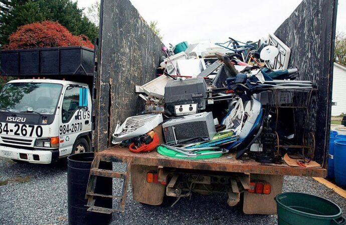 Junk Hauling-Lexington Dumpster Rental & Junk Removal Services-We Offer Residential and Commercial Dumpster Removal Services, Portable Toilet Services, Dumpster Rentals, Bulk Trash, Demolition Removal, Junk Hauling, Rubbish Removal, Waste Containers, Debris Removal, 20 & 30 Yard Container Rentals, and much more!