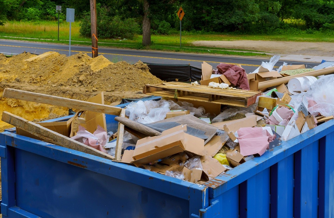 Frankfort-Lexington-Dumpster-Rental-Junk-Removal-Services-We Offer Residential and Commercial Dumpster Removal Services, Portable Toilet Services, Dumpster Rentals, Bulk Trash, Demolition Removal, Junk Hauling, Rubbish Removal, Waste Containers, Debris Removal, 20 & 30 Yard Container Rentals, and much more!